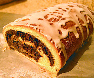 Polish desserts and sweets top 22 desserts from poland makowiec polish poppy cake forumfinder Image collections